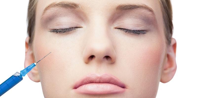 Injection d'acide hyaluronique au visage - Médecine esthétique | Dr chouquet